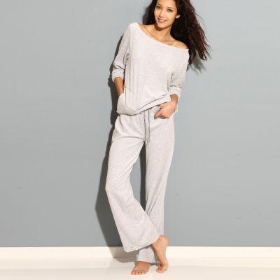 Pyjama velours femme, il faut savoir se faire plaisir.