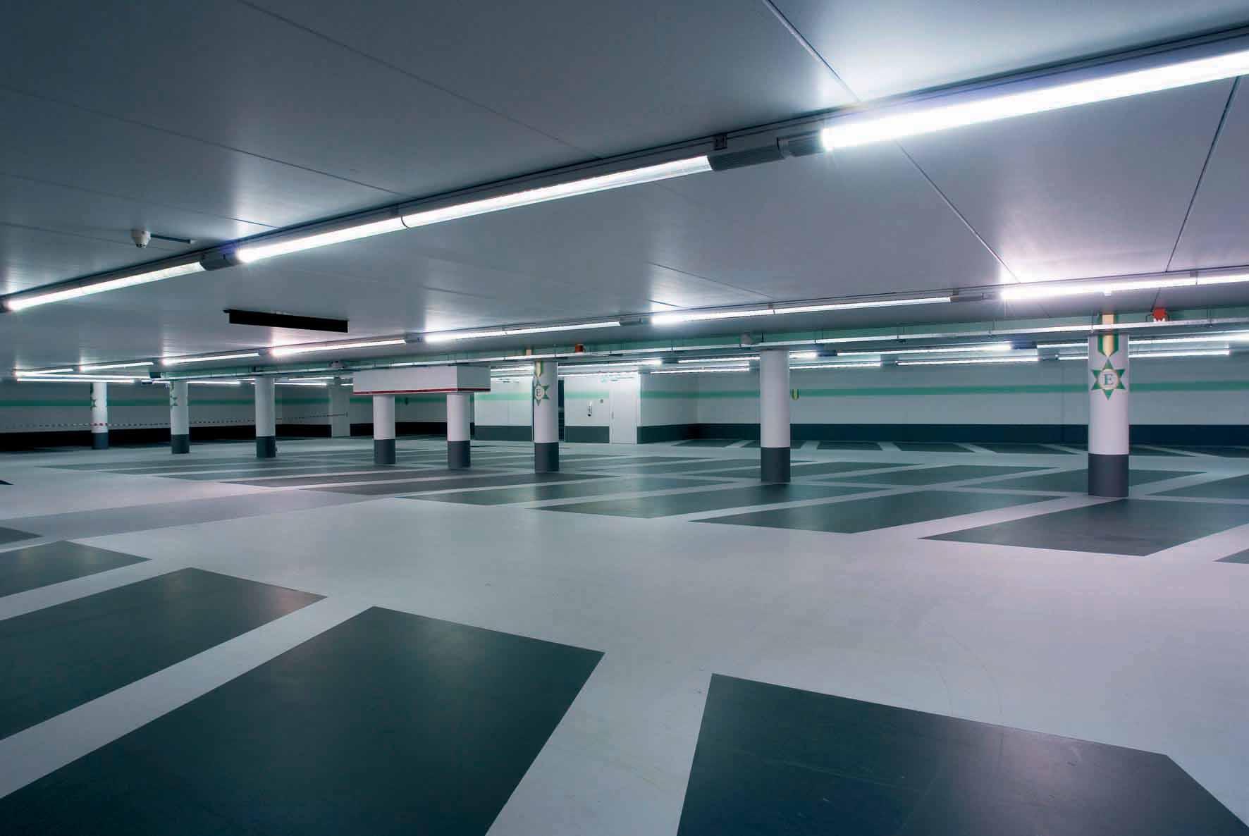 Trouvez facilement une location parking paris via smartphone
